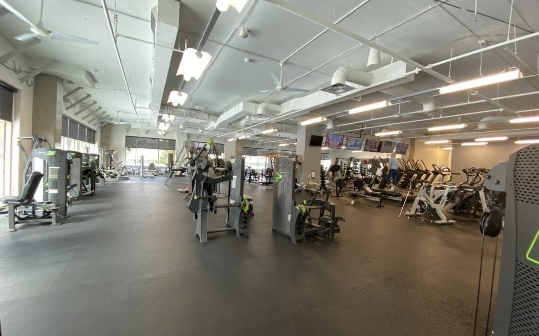 Picture of Willow Bend Fitness Club. It is a West Plano Gym.