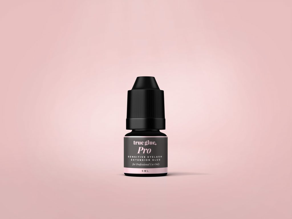 True Glue for Eyelash Extensions to workout